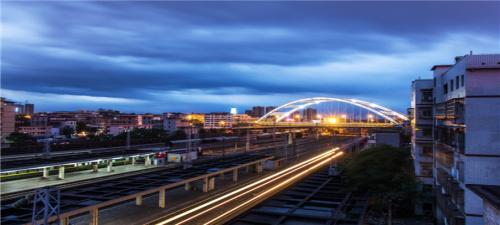 【酉玩张家界】湖北荆州古城、张家界大峡谷、云天渡玻璃桥、重庆酉阳桃花源6日游