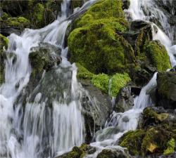 广西桂林、阳朔、古东瀑布、多耶古寨、訾洲•象山、银子岩、红溪瀑布双飞5日游