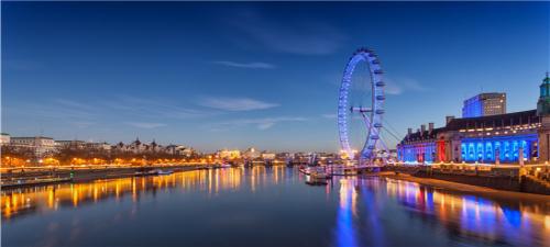 英国 法国 意大利 瑞士12晚14天(双宫双堡双游船,雪朗峰旋转餐厅自助餐)
