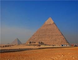 埃及、阿联酋10日游(全程国际五星住宿)