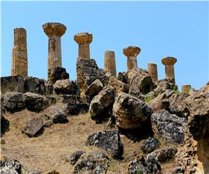 西西里岛希腊神庙支柱.jpg