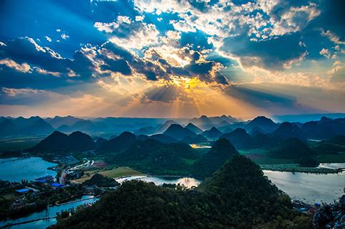 云南旅游景点 去看洱海湿地风光